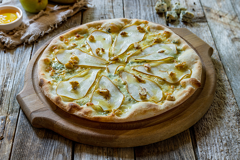 Picture of a pear and gorgonzola cheese pizza recipe
