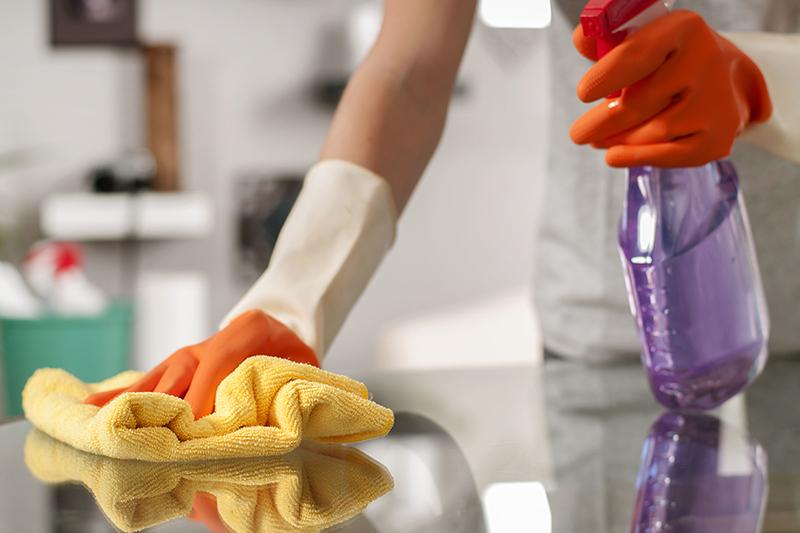 Cómo Limpiar Su Casa Después De Que Alguien Estuvo Enfermo