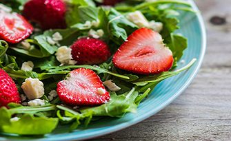 Strawberry Vinaigrette Salad Recipe sm