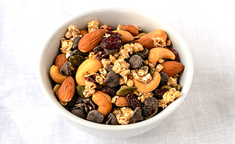 Recipe for trail mix with dried nuts and fruit with chocolate chips sm
