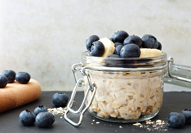 Overnight oats with blueberries and bananas and other recipe variations