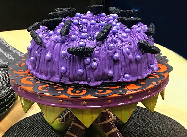 Purple spice pumpkin bundt cake