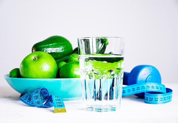Fruit_Veggies_tape_measure_water_healthy_diet