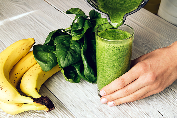 Spinach, blueberry, banana, green smoothie recipe