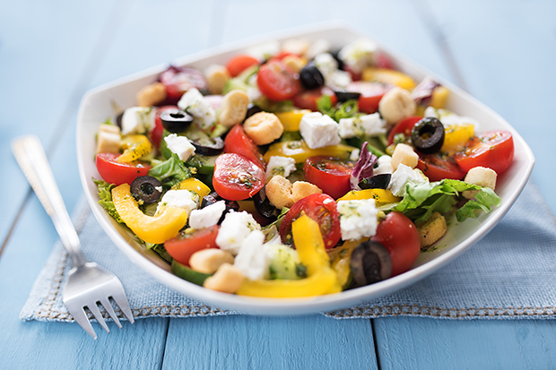 Mediterranean salad healthy recipe