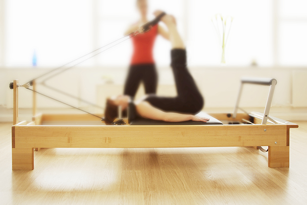 Woman doing Pilates, what are the benefits