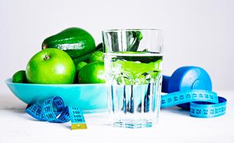 Fruit_Veggies_tape_measure_water_healthy_dietsm